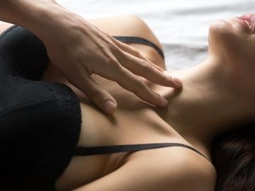 La libido a base di erbe per le donne - aumenta naturalmente il tuo desiderio sessuale!